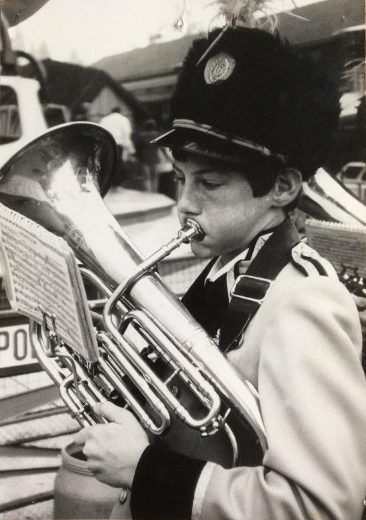 Cees tijdens zijn eerste optreden